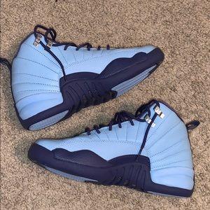 Jordan 12 Hornets
